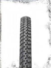 Naastrehv Suomi Tyres 27,5x2.1 584-54 HKPL STUD 62 (650B)